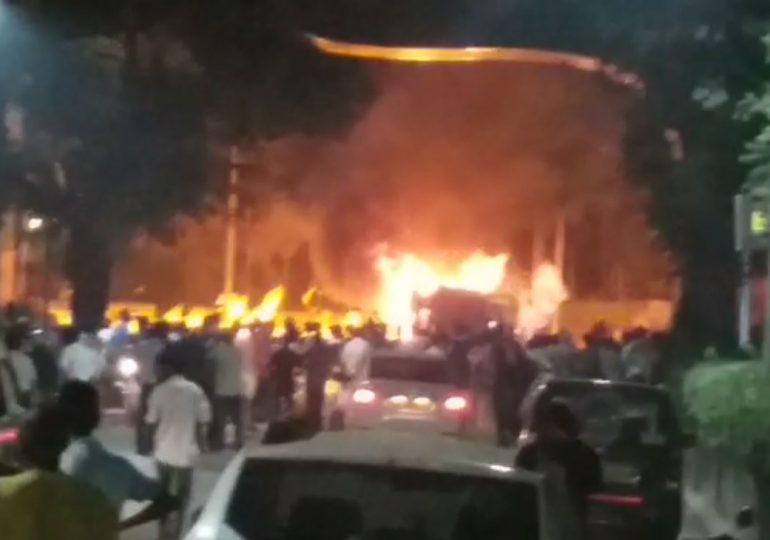 Vadala burning tanker, VIDEO : मुंबईत मोनोरेल स्टेशनजवळ 'बर्निंग टँकर'चा थरार