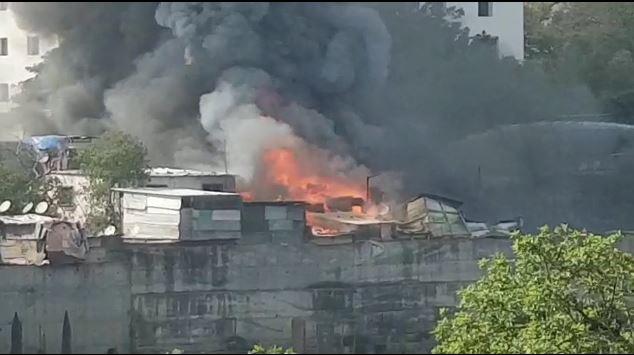 Pune, पुण्यातील पाटील वसाहतीत 10 सिलेंडरचे स्फोट, भीषण अग्नितांडव