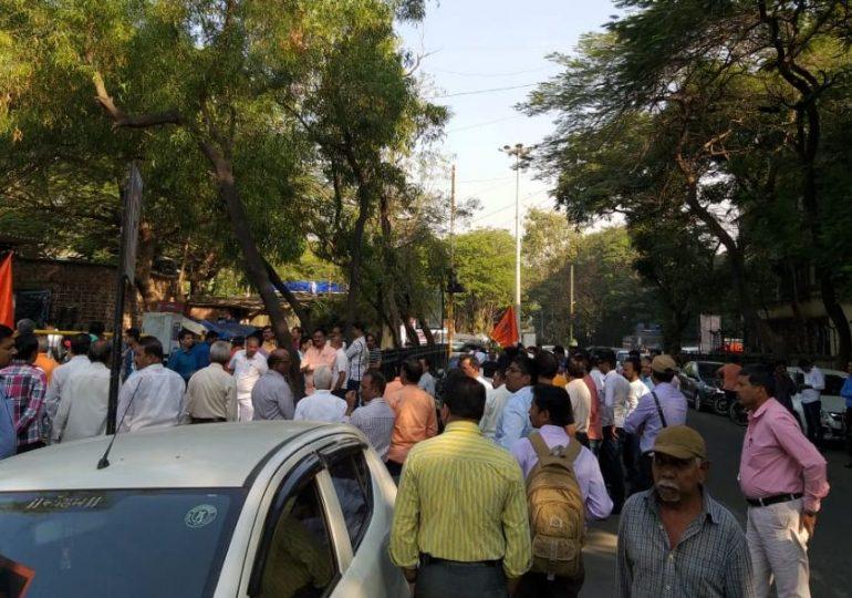 नवी मुंबईत मशीद बांधण्याला विरोध, नागरिक रस्त्यावर