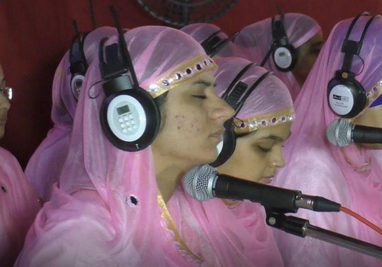 उल्हासनगरमध्ये 'हेडफोन' सत्संग