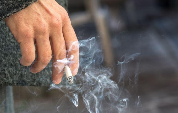 स्मोकिंग करा किंवा नका करु, 'COPD' तुम्हाला सोडणार नाही!