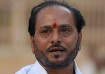 मच्छीमारांच्या मतदानावर बहिष्काराचा धसका, रामदास कदम दिल्लीत!