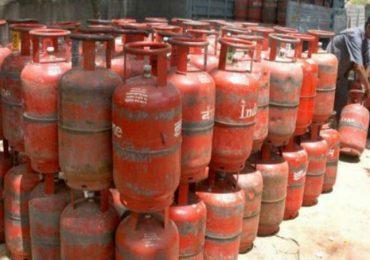 LPG Gas Cylinder Price Increased, सर्वसामान्यांना धक्का, सलग तिसऱ्या महिन्यात एलपीजीच्या दरात वाढ
