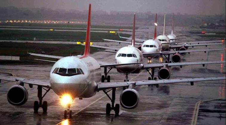 , दिल्ली-मुंबई विमानप्रवास महागला, तिकीट दर गगनाला!