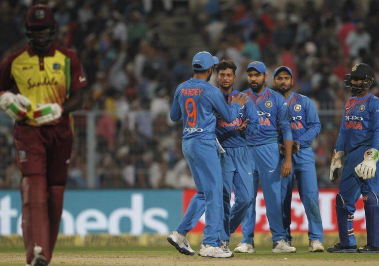 , 110 धावा करताना भारताची दमछाक, थरारक सामन्यात पाच विकेट्सनी विजय