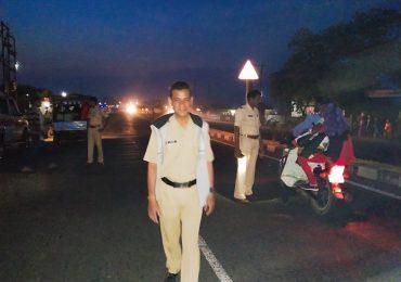 अरोपीचा पोलिसांवर हल्ला, कॉन्स्टेबलचा जागीच मृत्यू