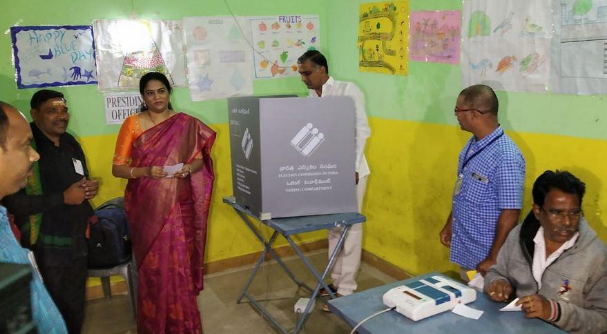 विधानसभा निवडणूक : राजस्थान, तेलंगणात आज मतदान