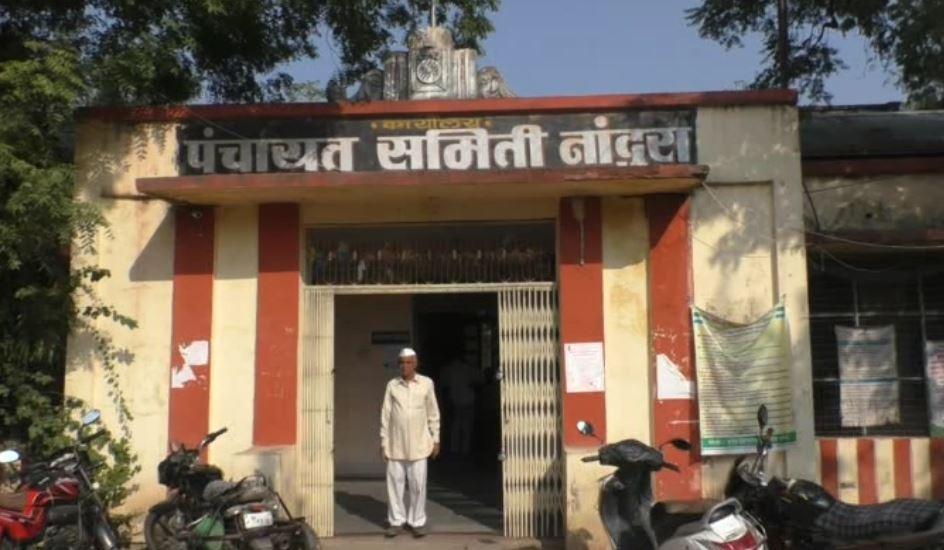 Buldhana News, बुलडाण्यात 58 शौचालयं चोरीला