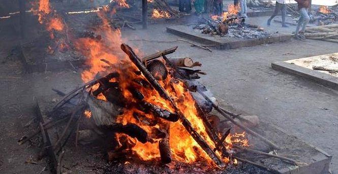 ptiyala punjab, मृतदेहाला अग्नी दिला,पण चार दिवसांनी तरुणी जिवंत परतली!