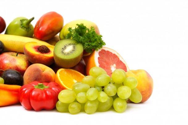 हिवाळ्यात निरोगी राहण्यासाठी ही फळं खा
