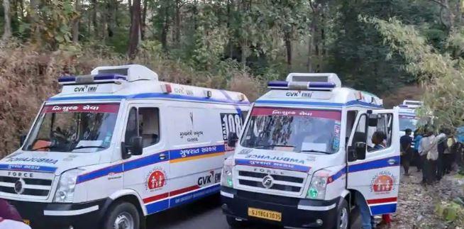 शाळेच्या सहलीची बस 200 फूट दरीत कोसळली, दहा विद्यार्थ्यांचा मृत्यू