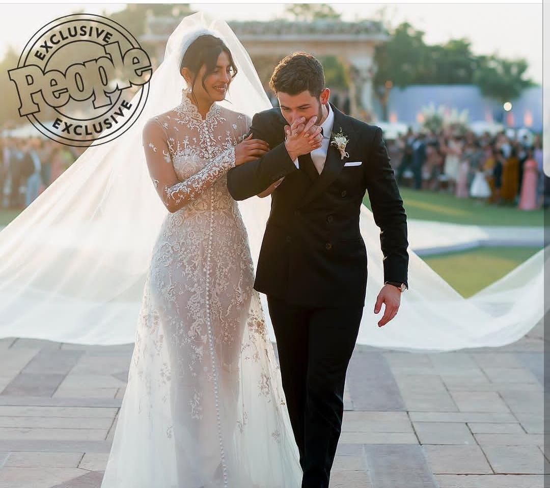 , प्रियांका आणि नीकच्या लग्नाचे फोटो पहिल्यांदाच समोर