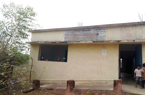 Chandrapur PI brutally Accused youth, तरुणाला अमानुष मारहाण करणारा ठाणेदार निलंबित