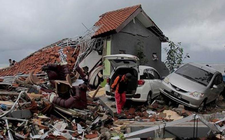 earthquake causes and effects, विदर्भ आणि मराठवाड्यात भूकंपाचे धक्के, घरांनाही तडे, लोक रस्त्यावर