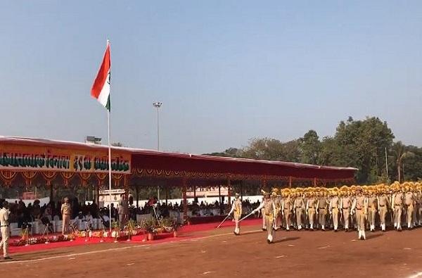 शिक्षणमंत्री विनोद तावडेंनी राज्यपालांचं भाषण वाचून दाखवलं