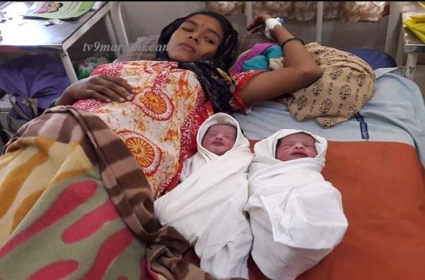 लोकलमध्ये महिलेला जुळे, एका बाळाचा जन्म सफाळेत, दुसऱ्याचा पालघरमध्ये