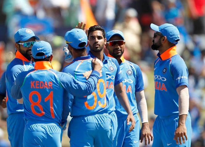 IndvsAus LIVE भारताला विजयासाठी 273 धावांची गरज
