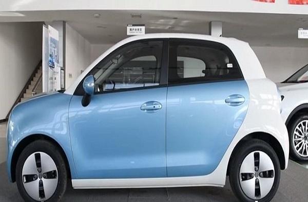 electronic car, तुमच्या आवाजाने चालू होणार 'ही' कार