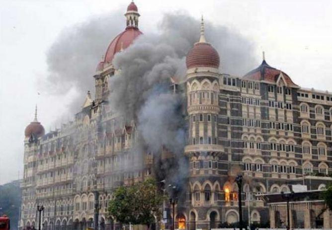 26/11 हल्ला : पाकच्या दोन लष्करी अधिकाऱ्यांविरोधात अटक वॉरंट जारी