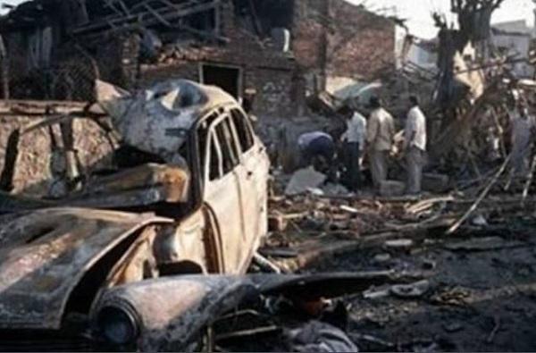 मुंबई साखळी स्फोटातील आरोपी अबू बकर 25 वर्षांनी सापडला