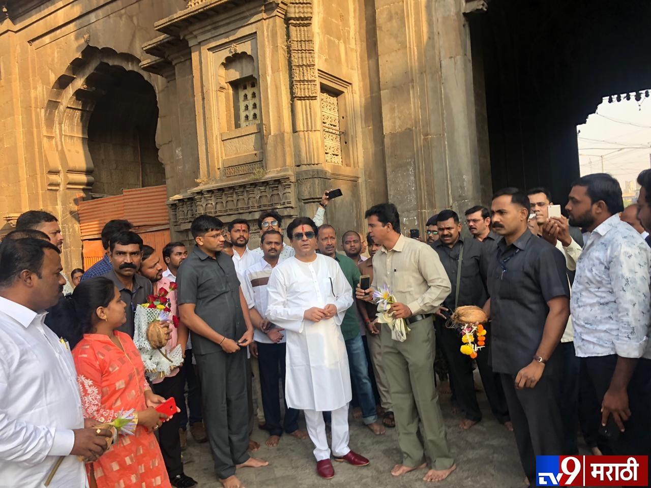 Raj Thackeray, अंबाबाई मातेचं दर्शन घेऊन राज ठाकरेंचा कोल्हापूर दौरा सुरु