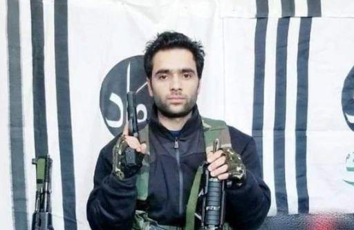 40 जवानांचा जीव घेणाऱ्या 21 वर्षीय दहशतवाद्याचे आई-बाप काय म्हणतात?