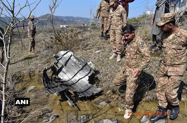 , घ्या पुरावा! भारताने पाडलेल्या पाक विमानाचे अवशेष सापडले