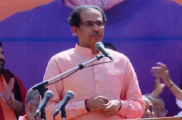 ola driver threatened say Jai Shri Ram, ठाण्यात ओला चालकाला 'जय श्री राम' च्या घोषणा देण्याची जबरदस्ती