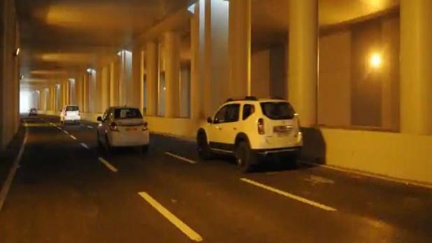 गाडी पार्क करुन जहीर टॉयलेटला गेला, तेवढ्यात चोरट्याने कार पळवली