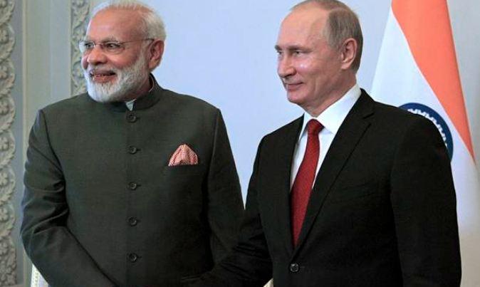 vladimir putin, अमेरिकेपाठोपाठ जगातली दुसरी महासत्ताही भारताच्या पाठीशी!