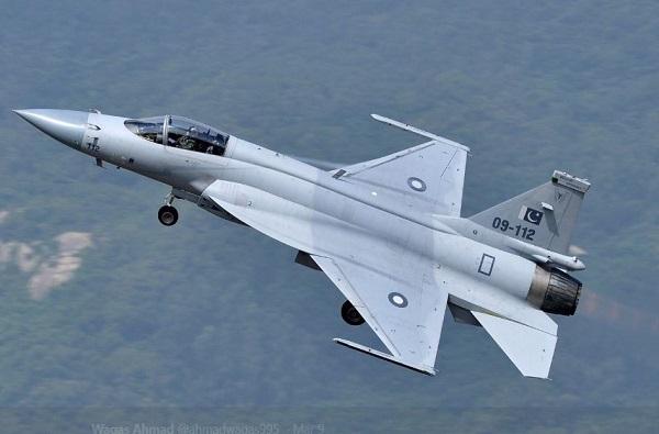 पाकिस्तानी विमानांचा भारतात घुसखोरीचा प्रयत्न, वायूसेना हायअलर्टवर