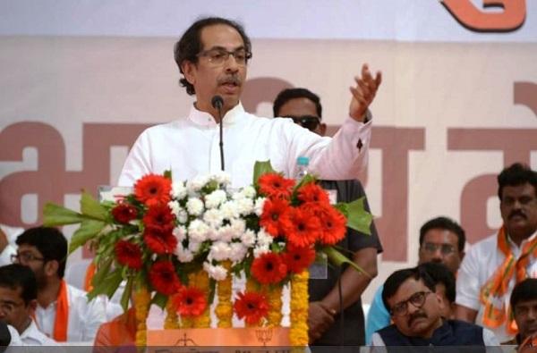 Uddhav Thackeray, माझा देश म्हणजे पवारांची 'प्रायव्हेट लिमिटेड कंपनी' नाही : उद्धव ठाकरे