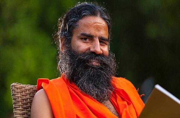 योग न केल्याने गांधींच्या नव्या पिढीला सत्तेचा योग नाही : बाबा रामदेव