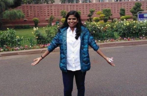 UPSC Result :410 वा क्रमांक मिळवणाऱ्या मुलीचं राहुल गांधींकडून अभिनंदन