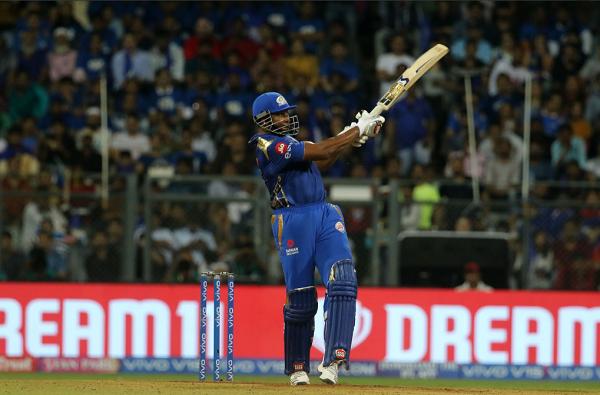 31 चेंडूत 10 षटकारांसह 83 धावा, पोलार्डच्या वादळाने मुंबई जिंकली!