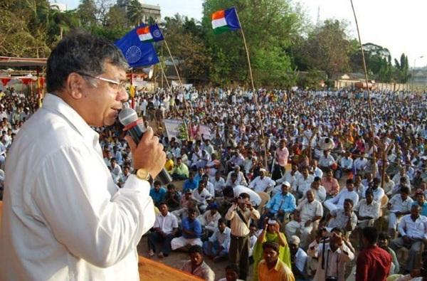 prakash ambedkar, अशोक चव्हाण हे विश्व हिंदू परिषदेचे सदस्य आहेत : प्रकाश आंबेडकर