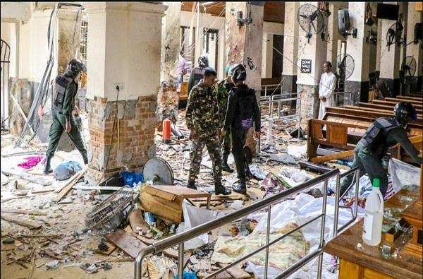 LIVE : बॉम्बस्फोटानं श्रीलंका हादरली, जवळपास 200 जणांचा मृत्यू