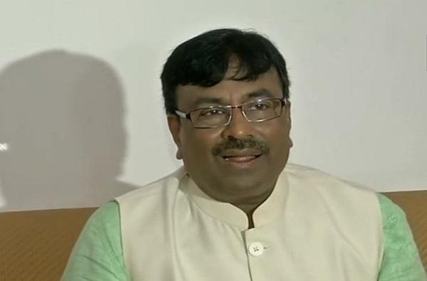महाराष्ट्राची वाट लावणारी नव्या सरकारची वाटचाल : सुधीर मुनगंटीवार