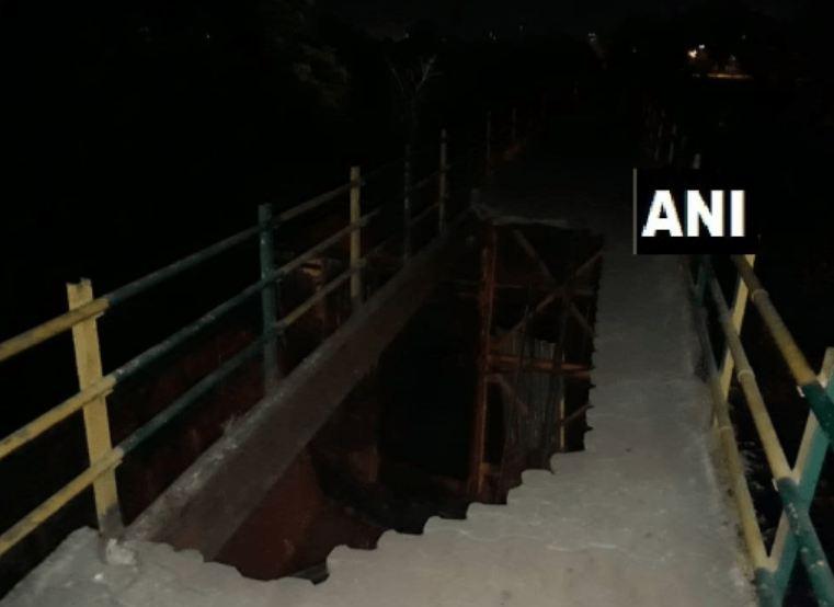 ऑडिट करुनही नवी मुंबईत पादचारी पूल कोसळला, दोघे गंभीर जखमी