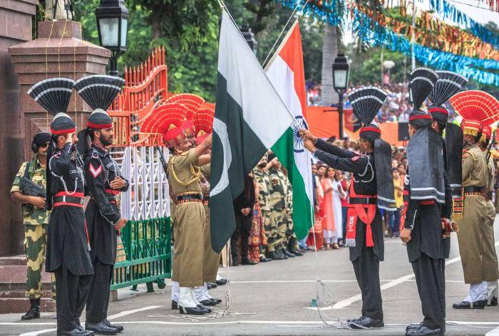 पाकिस्तान 360 भारतीय कैद्यांना सोडणार, मराठी मच्छिमारांचाही समावेश