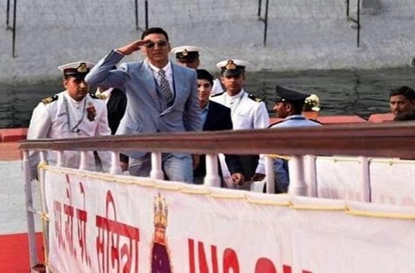 INS सुमित्रावरुन मोदींचा अक्षय कुमारसोबत फेरफटका, काँग्रेसचा दावा