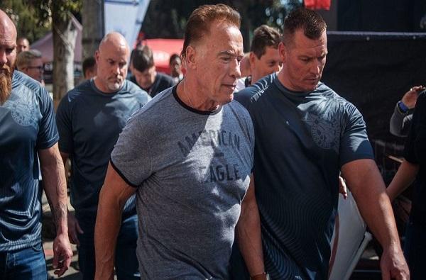 , VIDEO: अर्नोल्ड श्वार्झनेगर यांच्यावर भर स्पर्धेत अज्ञात व्यक्तीकडून हल्ला