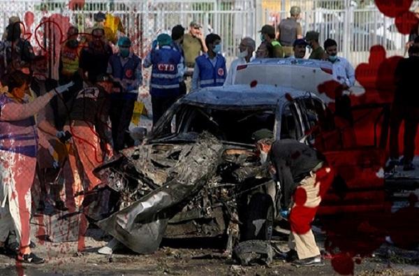 पाकिस्तानमध्ये मशिदीजवळ आत्मघातकी बॉम्बस्फोट, 8 जणांचा मृत्यू, अनेक जखमी