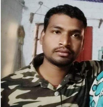 Pramod Bhoyar martyred in gadchiroli naxal attack he just had three months old son not even naming ceremony done, 3 महिन्याच्या बाळाचं अजून बारसंही नाही, नक्षली हल्ल्यात गडचिरोलीचा जवान शहीद