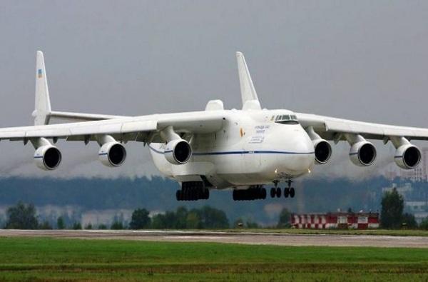 पाकिस्तानमधून येणाऱ्या विमानाला 'सुखोई'ने घेरलं, जयपूरमध्ये उतरवलं