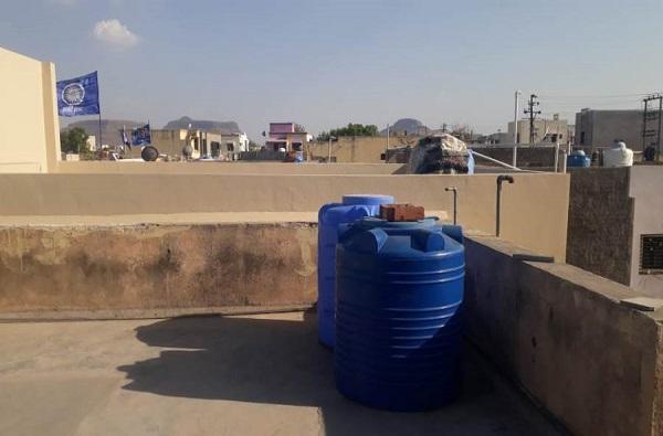 दुष्काळाची दाहकता तीव्र; घरावरील टाकीतील 300 लिटर पाणी चोरीला