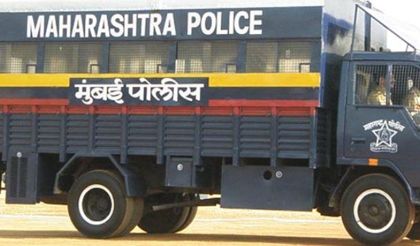 मुंबईतील इर्ल्यात 'अदृश्य' पोलीस स्टेशन