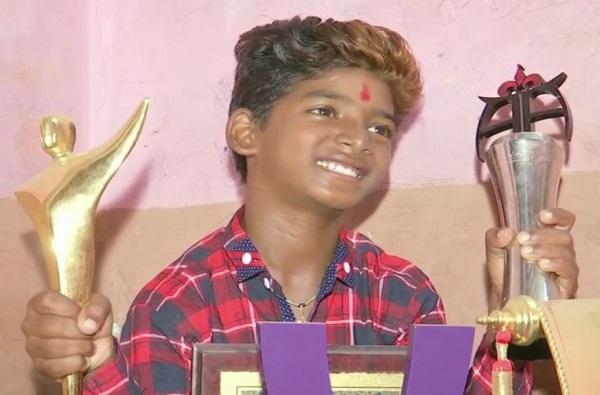 Sunny Pawar mumbai get Best Child Actor award, मुंबईकर सनीचा न्यूयॉर्कमध्ये डंका, न्यूयॉर्क इंडियन फिल्म फेस्टिवलमध्ये सर्वोत्कृष्ट बालकलाकार म्हणून गौरव