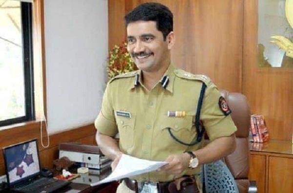 IPS विश्वास नांगरे पाटील, IPS Vishwas Nangare Patil, Indian police officer, रूपाली नांगरे पाटील, 26/11 चा हल्ला, Vishwas Nangare Patil Love story, IPS lifestyle, Marathi Success Stories, Infobuzz, Vishwas Nangare Patil Family